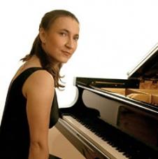 Monika Kionka - dyrygentka naszego chóru